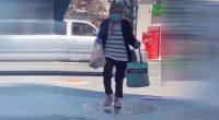 TikTok, la nuova moda di vestirsi da vecchi per comprare alcolici
