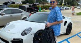 Acquista una Porsche con un assegno stampato in casa