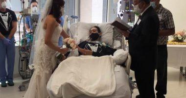 Colpito da coronavirus si sposa dal letto di ospedale