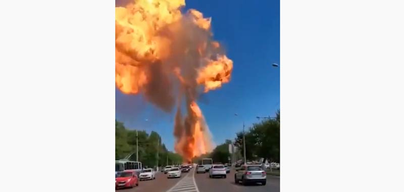 Diventa virale il video dell'esplosione di una stazione di servizio