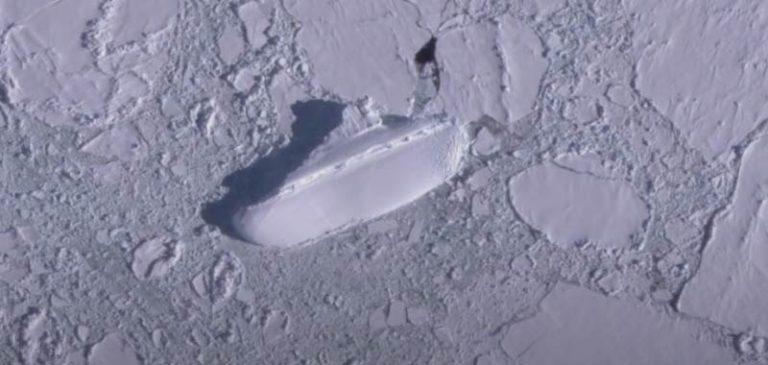 Nuova Zelanda, incredibile scoperta di una nave ghiacciata