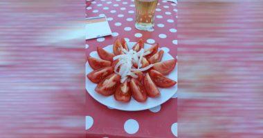 Turista si lamenta sui social Pago 6 euro per un insalata
