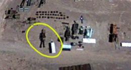 Area 51 Google Maps scopre un robot alieno nella base