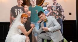 Matrimonio covid spendono migliaia di euro per i cartonati degli ospiti