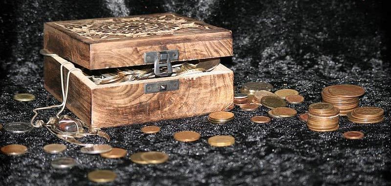 Milionario muore senza rivelare il posto dove ha lasciato i suoi beni