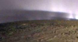 Qualcosa di strano apparso sulla Luna di Saturno