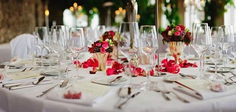 Damigella denuncia coppia di sposi per il ricevimento
