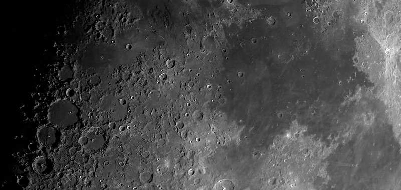 La Russia vuole inviare microrganismi sulla Luna