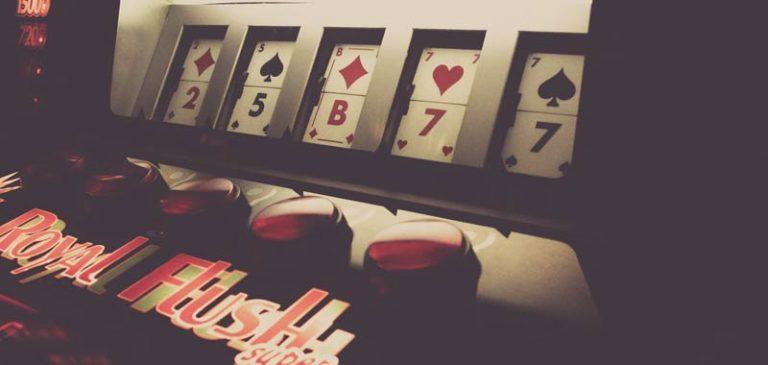La più grande vincita alle slot machine della storia