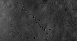 Strane impronte fotografate sulla Luna non sono astronauti