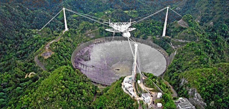 Arecibo, il radiotelescopio sarà demolito