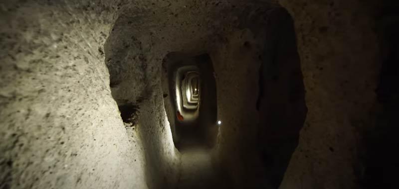 Un antico sistema di tunnel collegherebbe intero pianeta