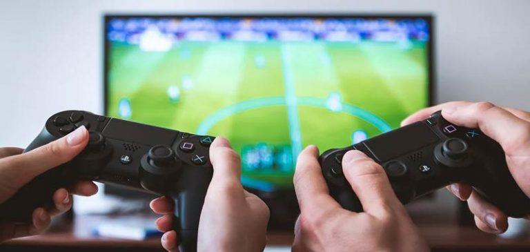 Sondaggio: Giocatori di Playstation più intelligenti di quelli della Xbox