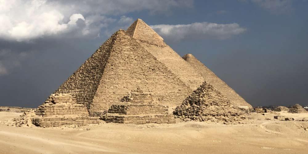 Isaac Newton ha cercato di decifrare il codice delle Piramidi