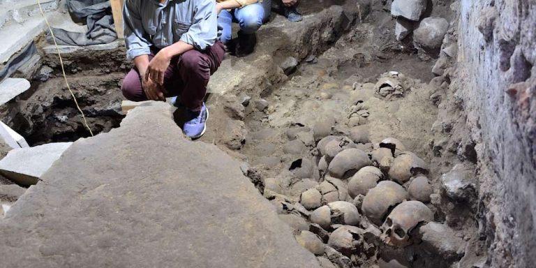 Messico, ritrovata una torre fatta di teschi umani