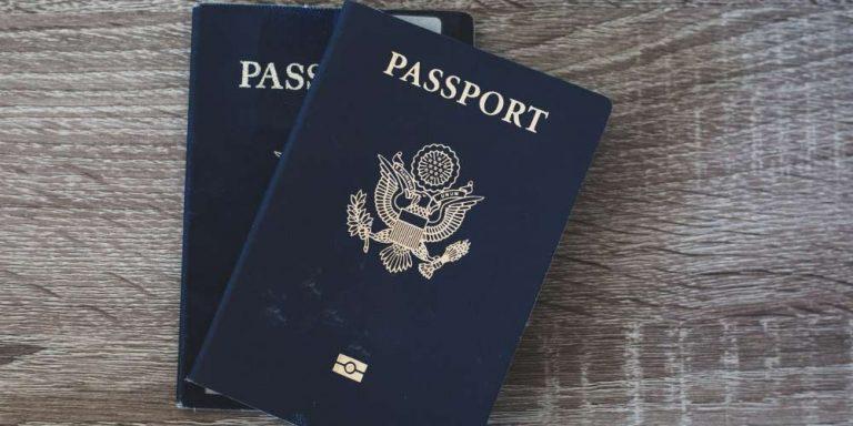 Coronavirus: La Grecia spinge per il passaporto vaccinale
