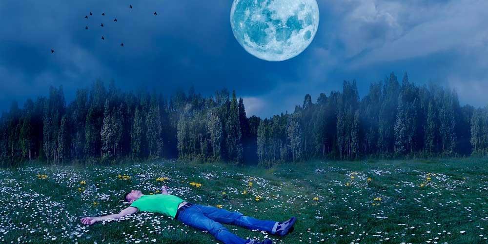 La Luna interferisce con il nostro sonno
