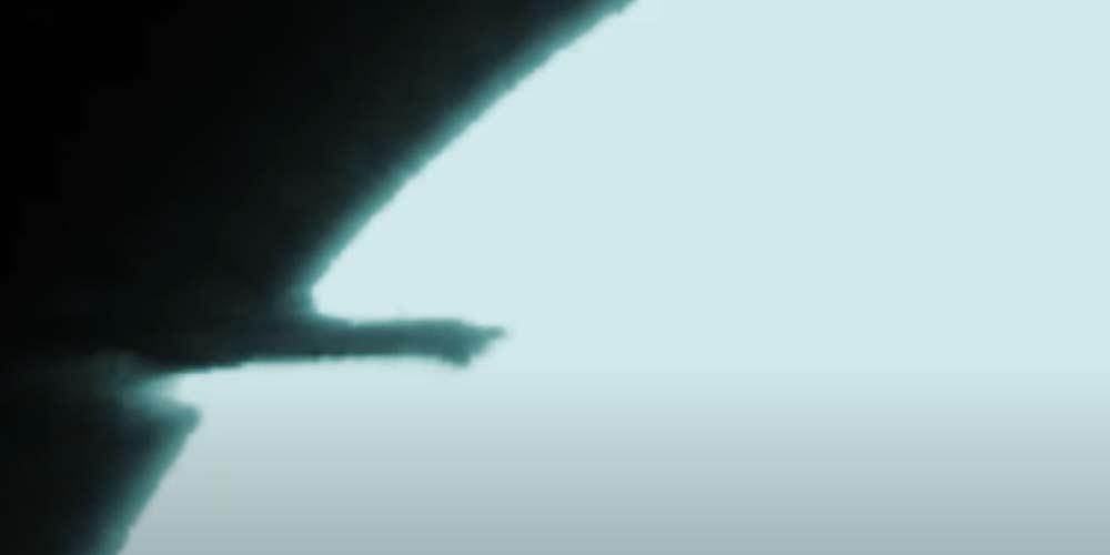 Oggetto misterioso prende fuoco prima di colpire la Luna