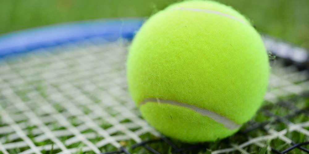 Sonno Evitare di russare con una pallina da tennis