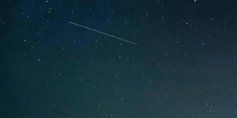 Astronomi scoprono una stella nuova con una strana attivita
