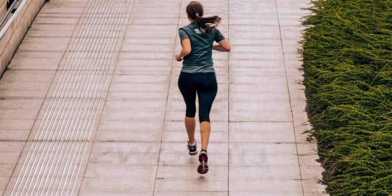 Esercizio fisico può davvero essere utile contro il cancro