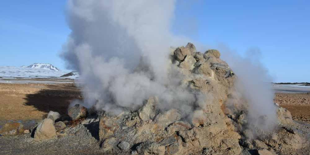 Esiste una strana attivita sismica in Islanda