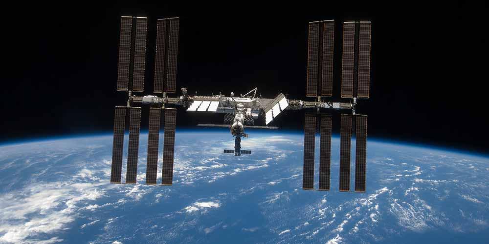 Mistero sulla ISS lasciato un comparto non sterilizzato e sporco