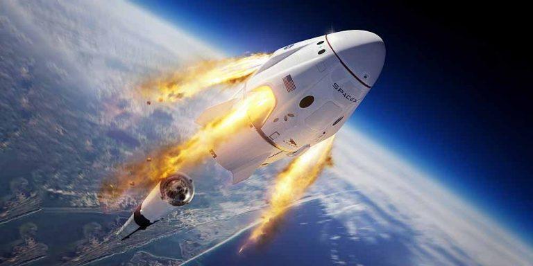SpaceX: Si prenotano i posti per i primi voli spaziali