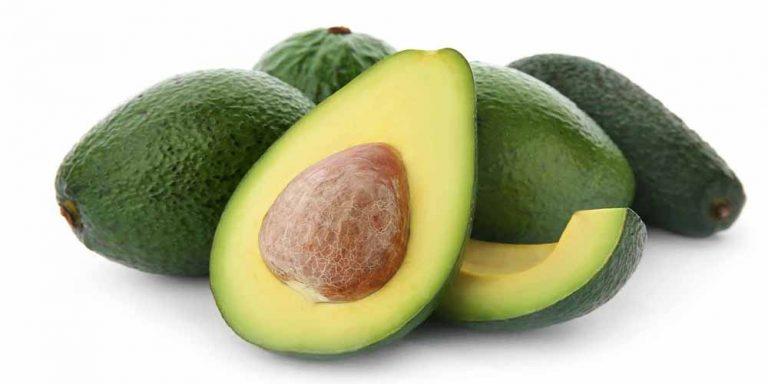 Condivide il trucco per non far diventare marroni gli avocado
