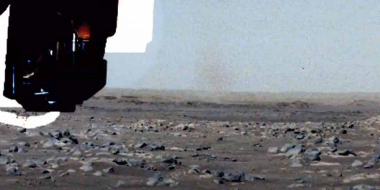 Diavolo della polvere insolito fenomeno su Marte
