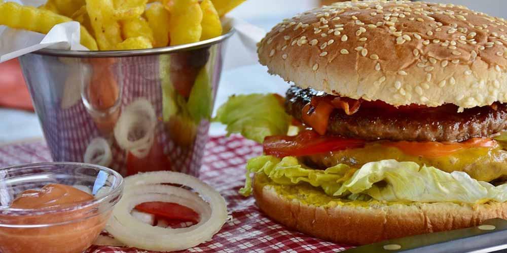 Fast Food Bambini a rischio di carenza ferro