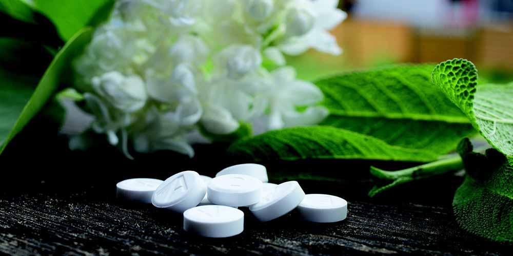 La medicina alternativa fornisce informazioni errate