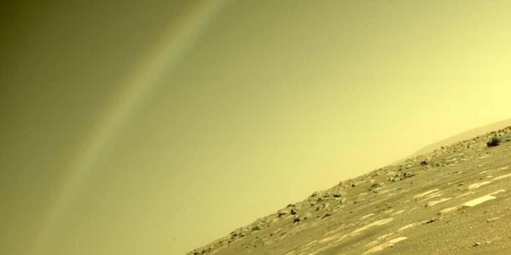 Arcobaleno su Marte la Nasa spiega ma il web non ci crede