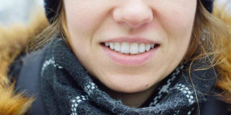 Gengivite: Come curarla, evitare anche il fumo