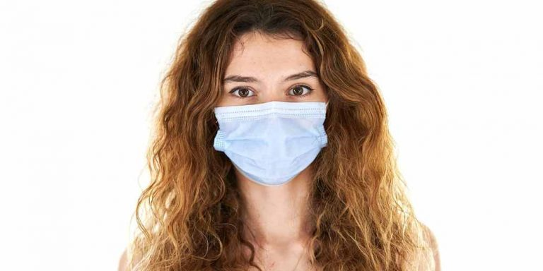Le mascherine causano problemi di salute a lungo termine?