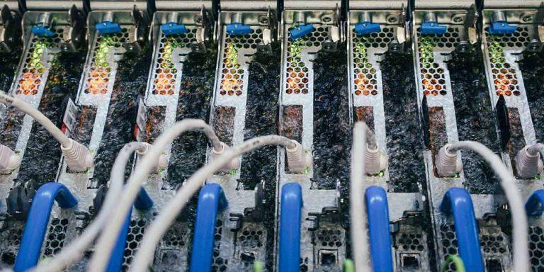 Microsoft immerge i server nel liquido refrigerante