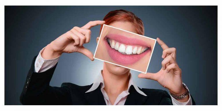 Smalto dei denti: Arrivano le caramelle per ripristinarlo