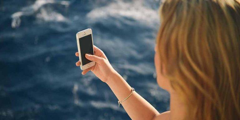 Android 12, lo smartphone riconosce le espressioni facciali