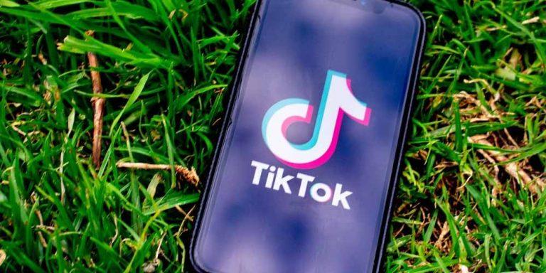 Turchia: Muore la star di TikTok mentre fa video in diretta