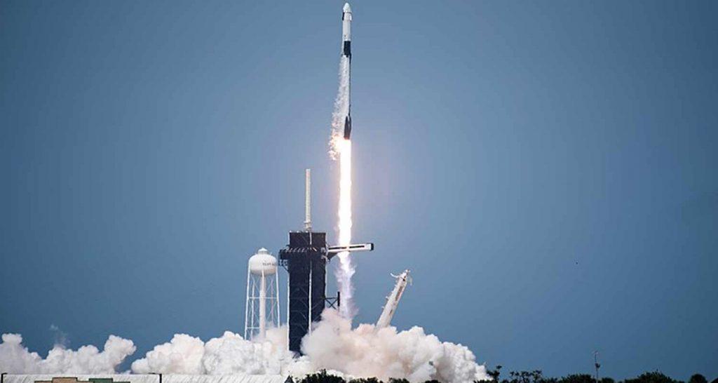 Ci siamo SpaceX ha inviato i primi turisti nello spazio