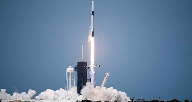 Ci siamo: SpaceX ha inviato i primi turisti nello spazio