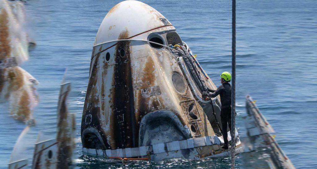 SpaceX riporta a casa i primi turisti spaziali